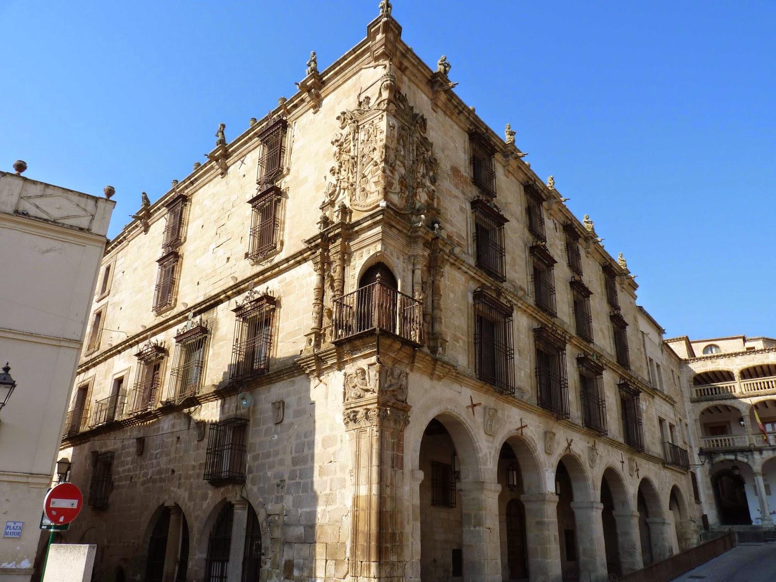 Palacio del Marqués de la Conquista en la Plaza Mayor de Trujillo.