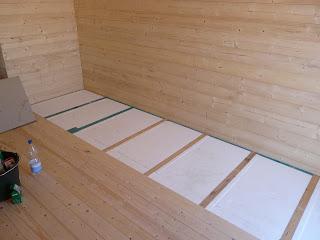 unser traum vom haus wird wirklichkeit innenausbau gartenhaus. Black Bedroom Furniture Sets. Home Design Ideas