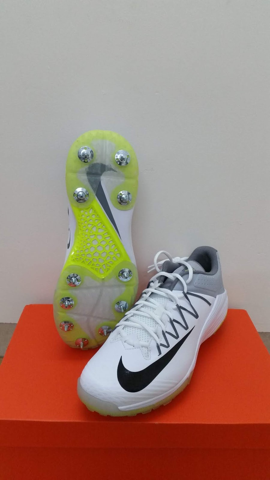4acf9a335bdb The Nike DOMAIN 2 are full metal spikes cricket shoes which are removable  post-match.