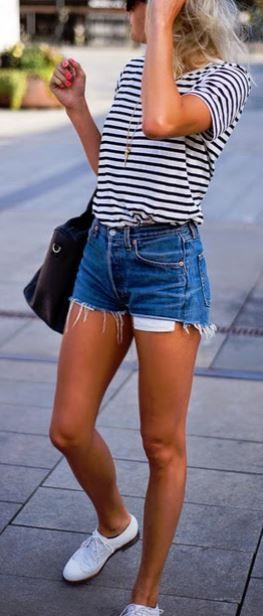 how to style a pair of denim shorts : bag + striped t-shirt + sneakers