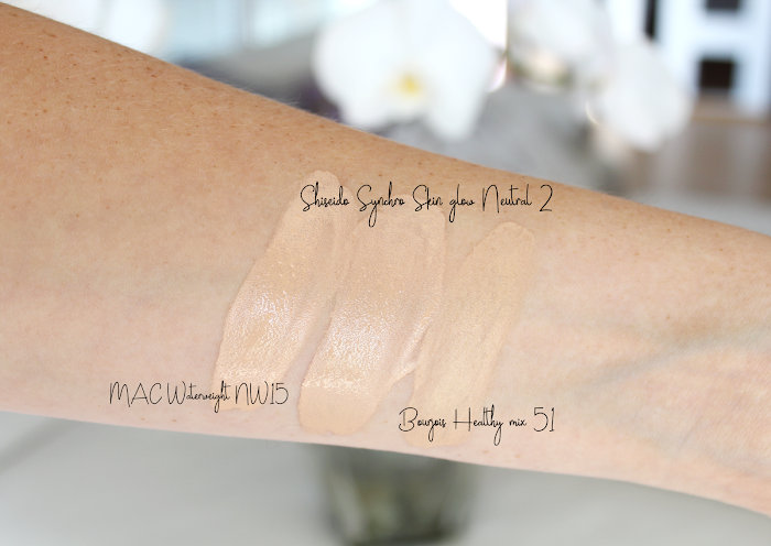 Swatch comparison foundation: Shiseido Synchro Glow, Bourjois Healthy mix, MAC NW15