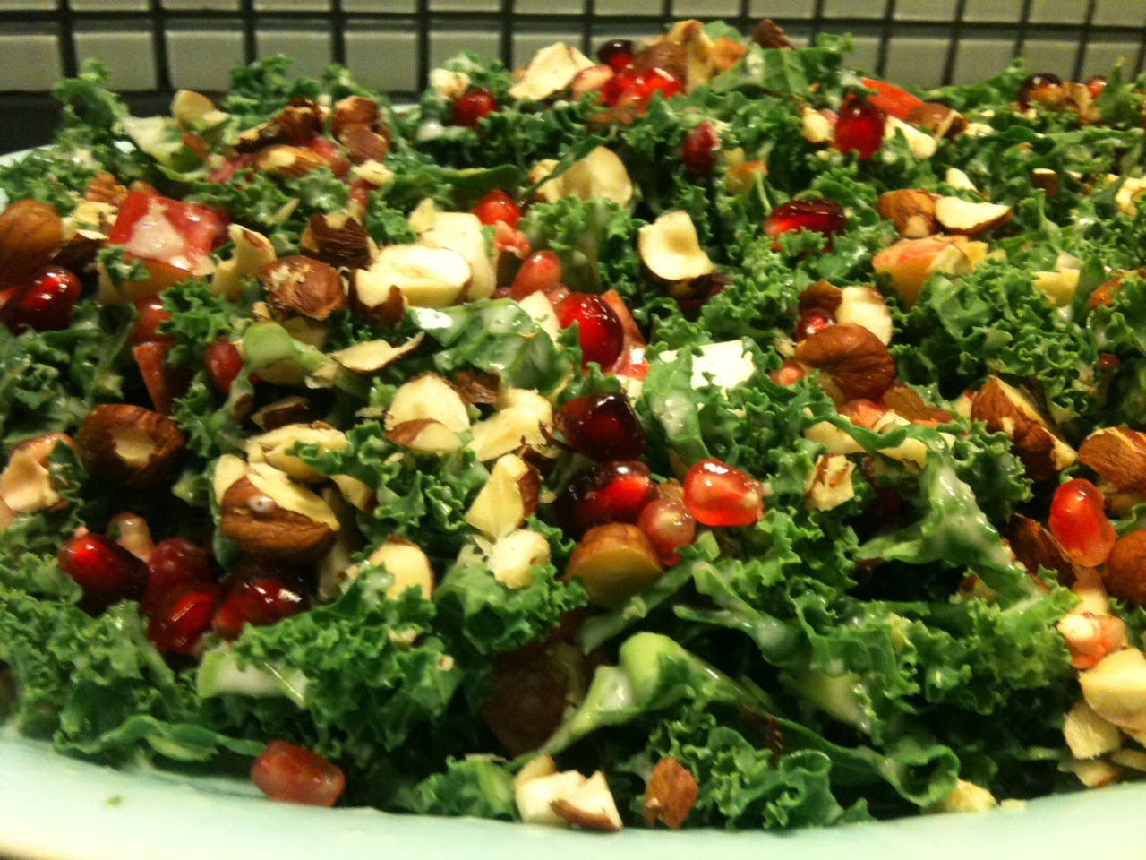salat med granatæble og æbler