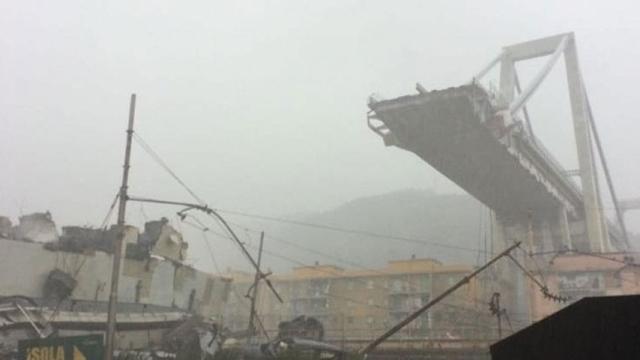 Italia: Decenas de muertos al caer un puente en Génova