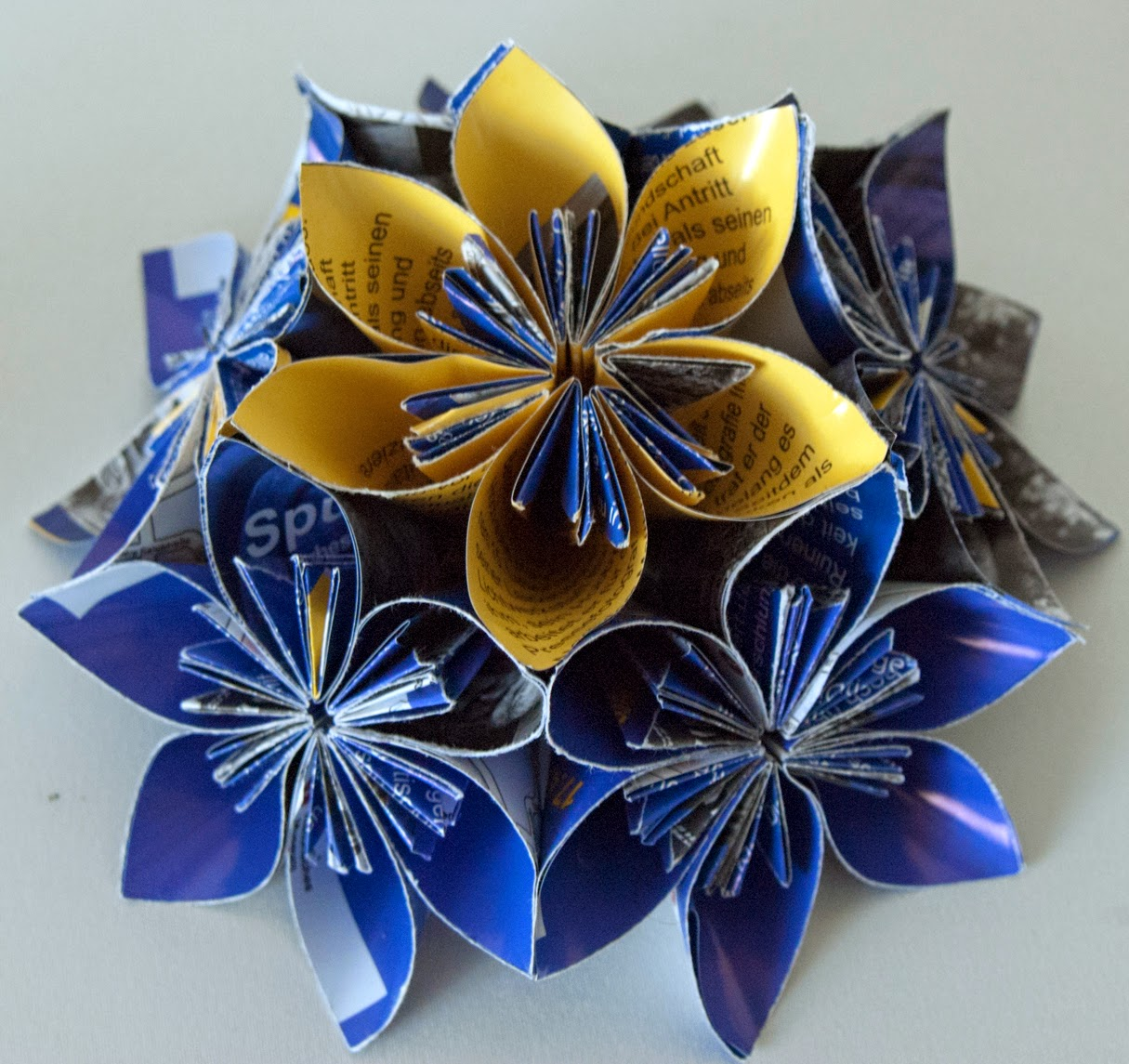 DIY Origami Paper Flower Ball | 1145x1215