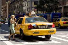 Tips Aman Dan Nyaman Naik Taxi