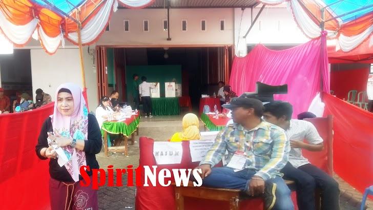 5 Orang Personil Polsek Biringkanaya Pengamanan TPS di RW-08 Kel Pai