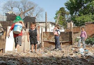 Más de 8 millones de niños argentinos viven en la pobreza