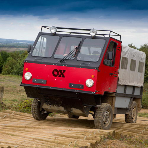 Tinuku Anti-aesthetic design, OX truck packed and assembled in less than 12 hours