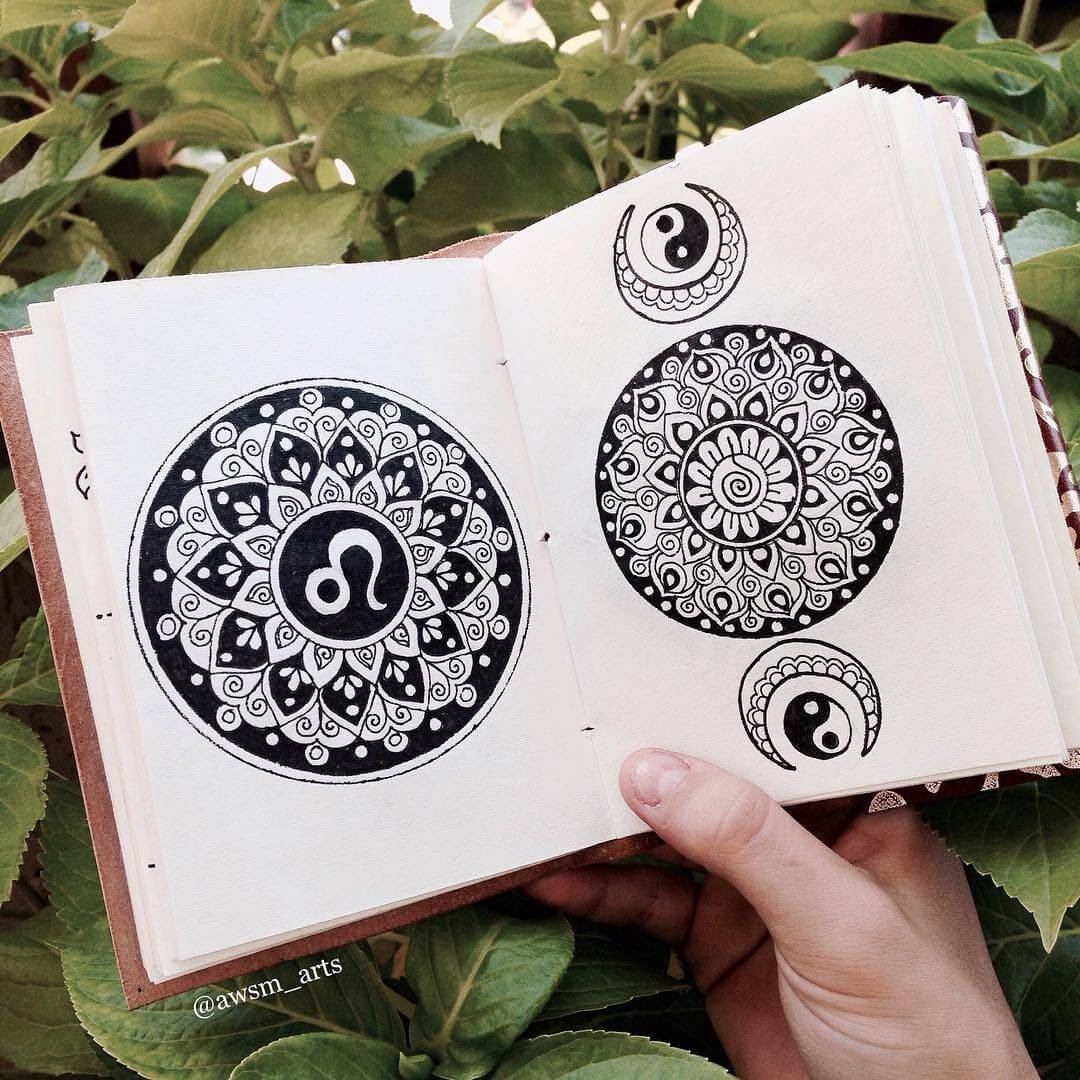 08-Yin-and-Yang-and-Om-Moleskine-Mandalas-Drawings-and-More-www-designstack-co