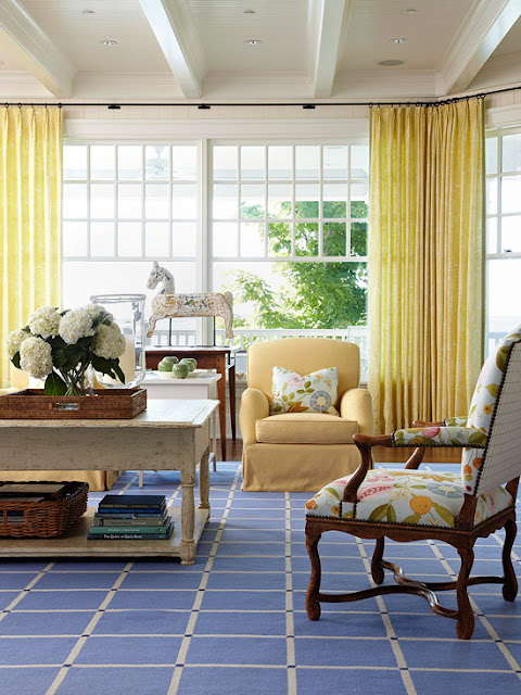 Colorful Living Rooms Decorating Ideas 2012
