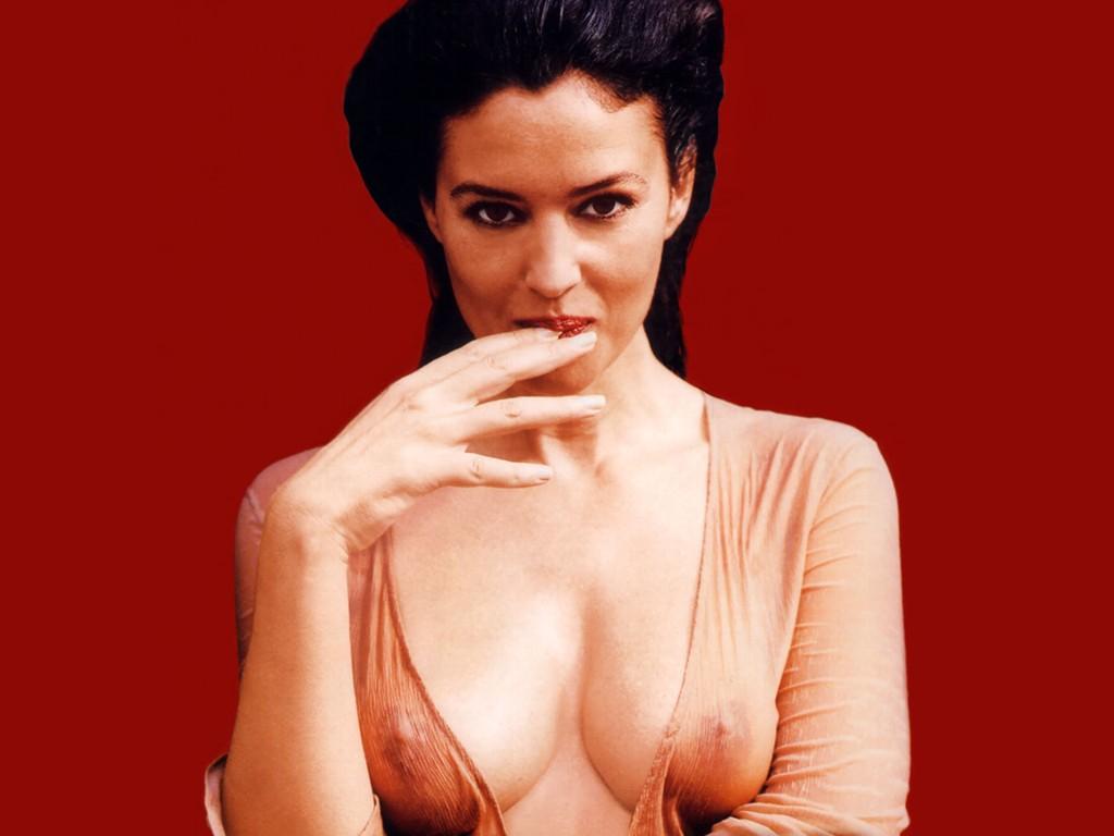 Monica bellucci nude sex scene in l uomo che ama movie 3