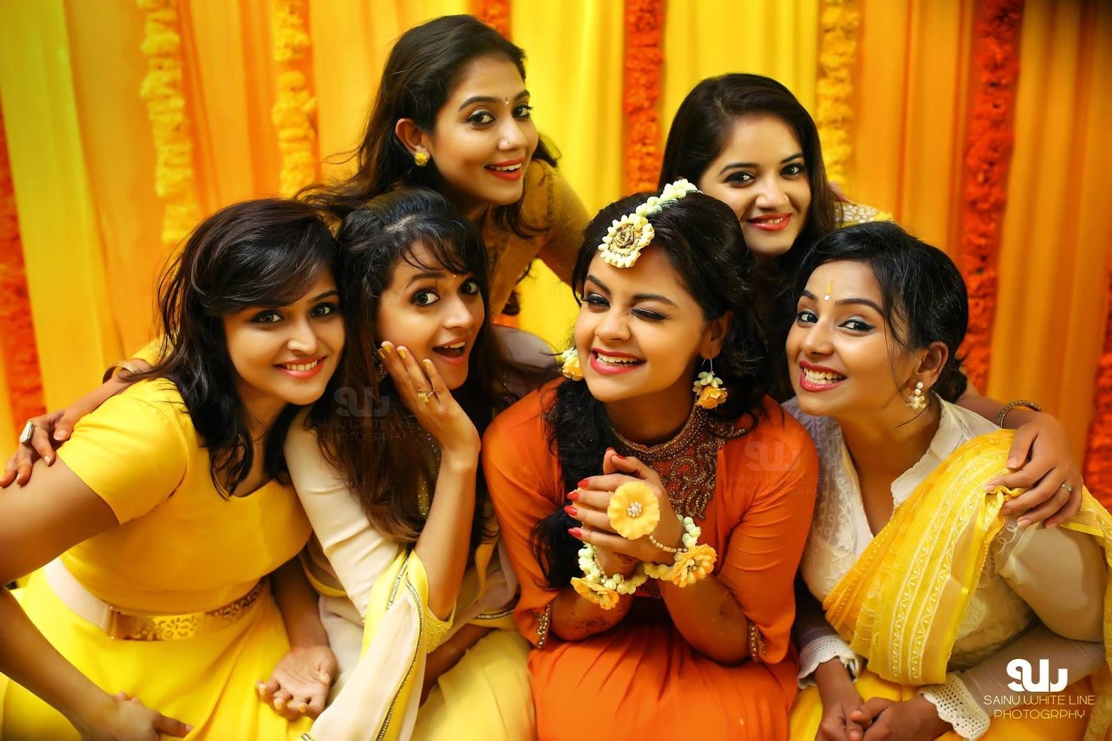 Karthika Nair Hot Navel In Saree Shilpa Bala Marr...