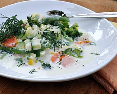Finnish Summer Soup aka Kesäkeitto ♥ KitchenParade.com, perfect new summer vegetables suspended in a milky broth, make it all summer long.