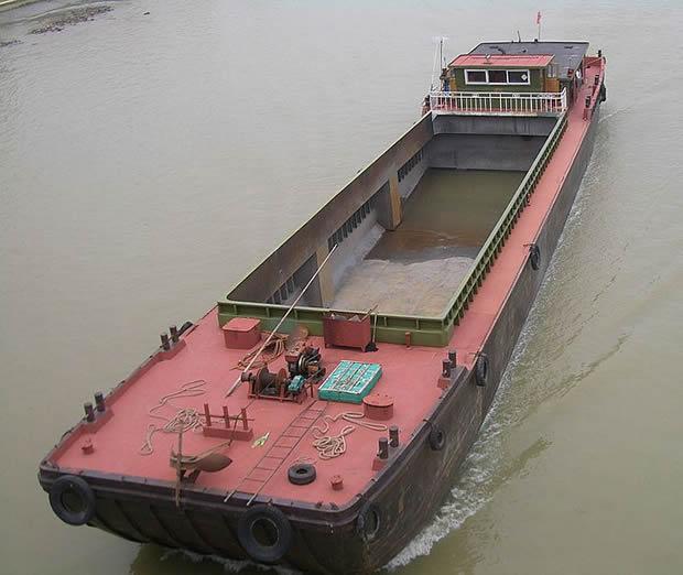 Modern barge