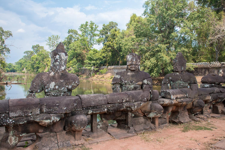 cambodia temples Banteay Sri, Banteay Samre, Preah Khan, Ta Som, and Neak Pean
