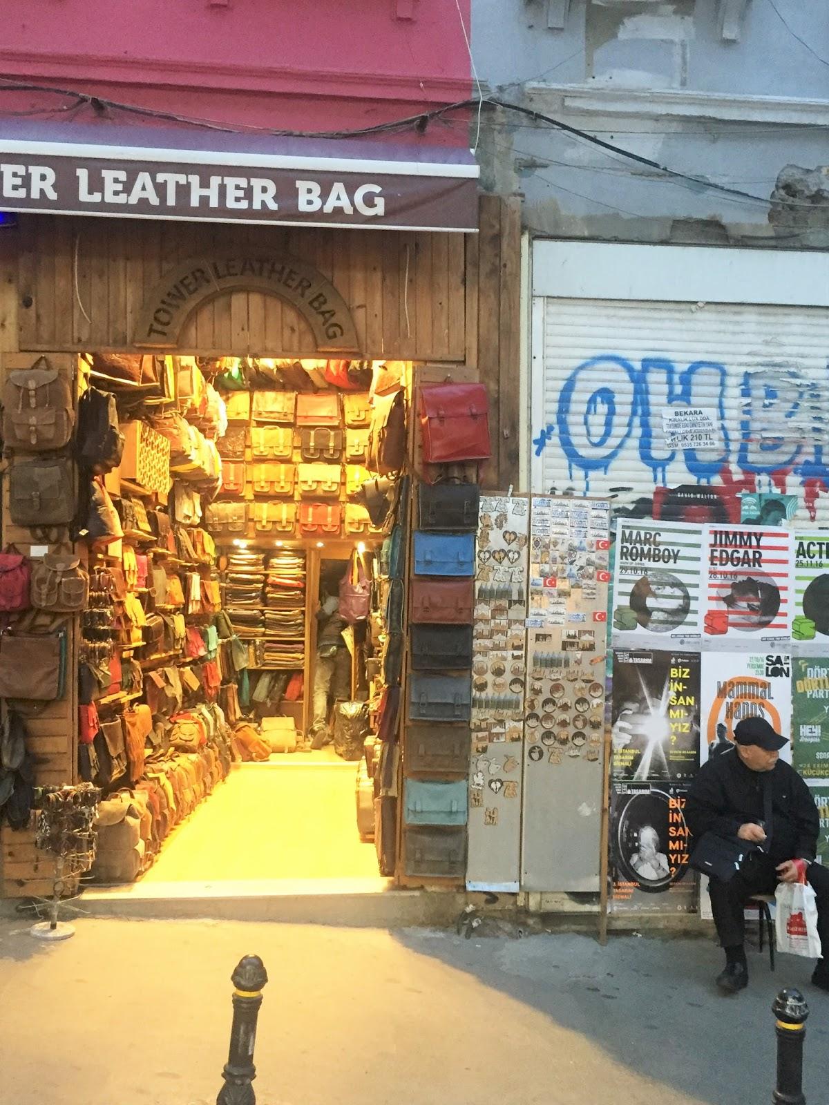 Quoi acheter à Istanbul  8 choses à mettre dans votre valise 9a365c8032b