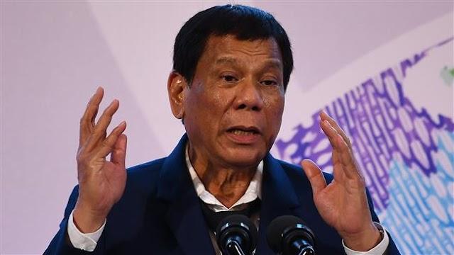 Philippine President Rodrigo Duterte orders police back to drug war