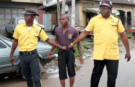 Photos: Traffic Management Agency in Abia State arrest drivers who parked vehicles along newly constructed road