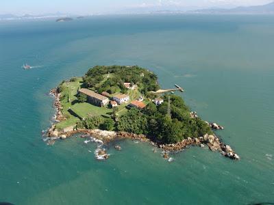 Brasil - Ilha Do Anhatomirim (Florianopolis), Isla de Anhatomirim, Islas de Florianopolis, turismo en brasil, La Fortaleza de Santa Cruz Anhatomirim,