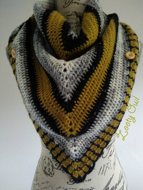 Triangle Crochet Scarf