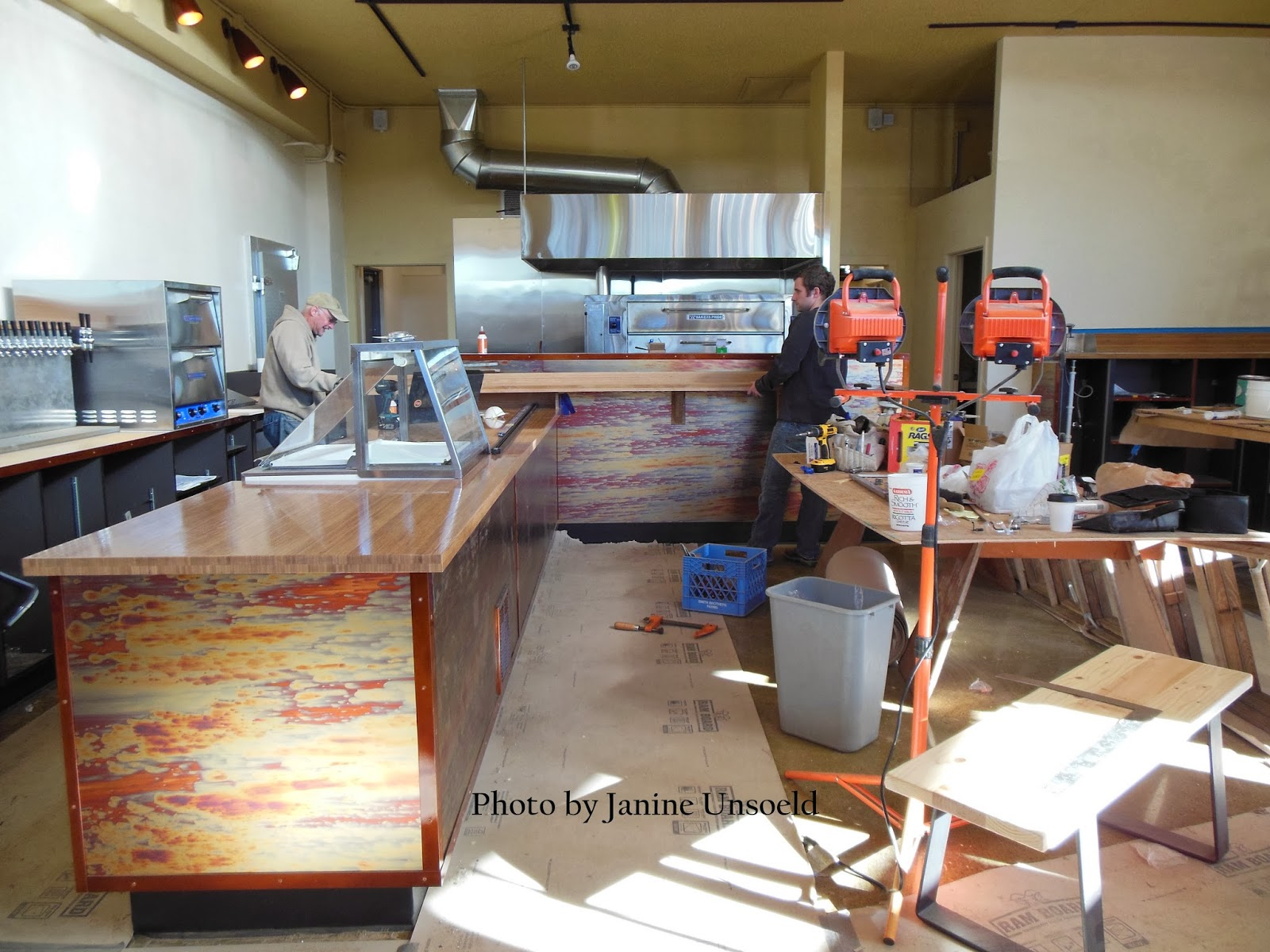 Little Hollywood Under Construction Vic S Pizzeria And