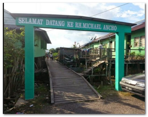 Bawang Assan Iban Longhouses, Sibu