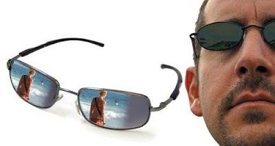 mắt kính điệp viên