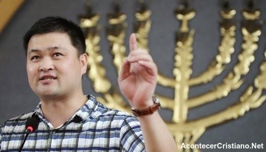 Pastor sentenciado a prisión en China