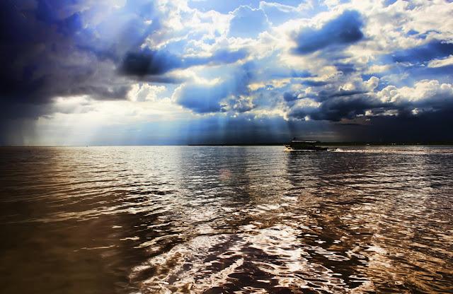 Les Ciels du Lac par Miguel Vicente Martínez (cc)