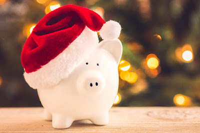 15 Easy Ways To Save Money This Christmas