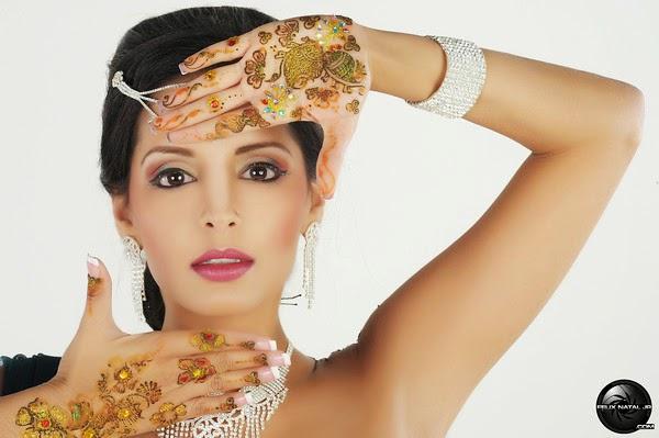 Tehmeena Afzal Nude Photos 75