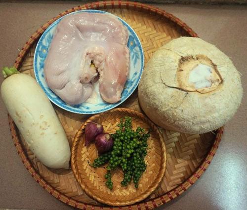 Món bao tử hầm tiêu xanh