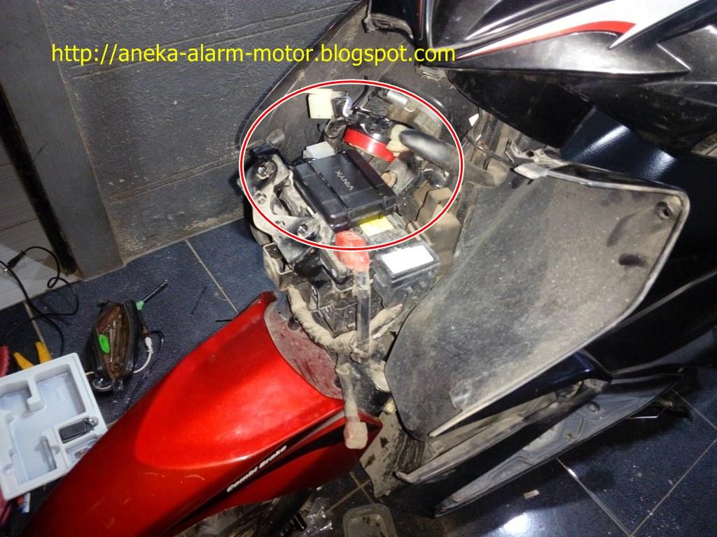 Aneka Alarm Motor: Cara pasang alarm motor remote pada Honda Vario Techno 125