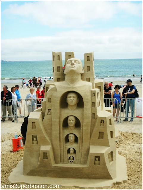 "Festival Internacional de Esculturas de Arena de Revere: ""About the Life"""
