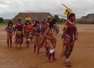Siapa yang gak kenal dengan hutan Amazon Amerika Suku  Pedalaman Hutan Amazon Budaya tanpa Busana