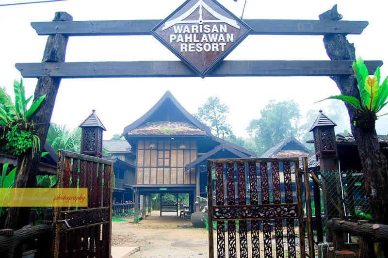 Pintu Gerbang Warisan Pahlawan Resort