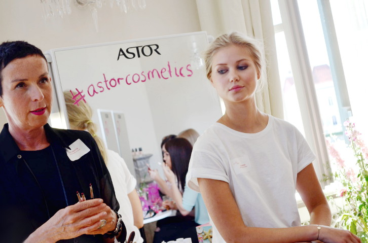 Coty Color Day - Astor