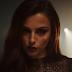 "Cher Lloyd tá metida com sociedades secretas no clipe de ""Activated"""