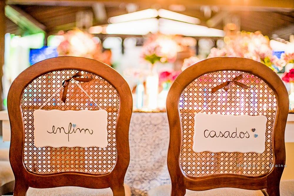 decoração - detalhes - papelaria - cadeira dos noivos
