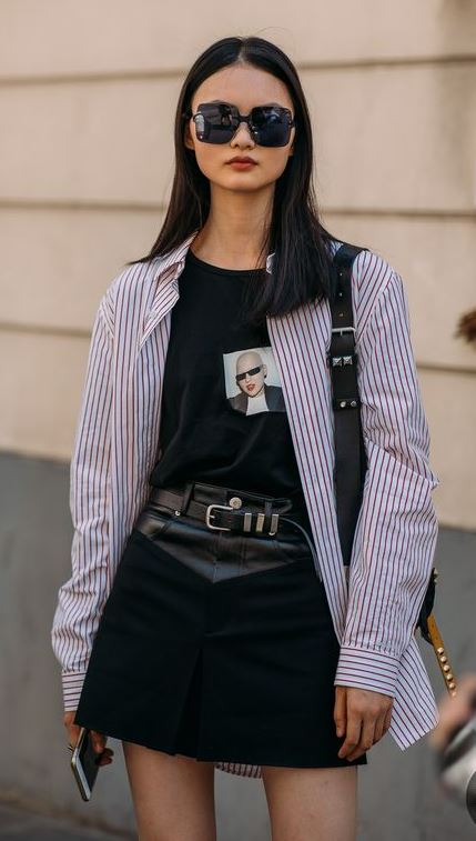 how to wear a striped shirt : black tee + bag + leather skirt