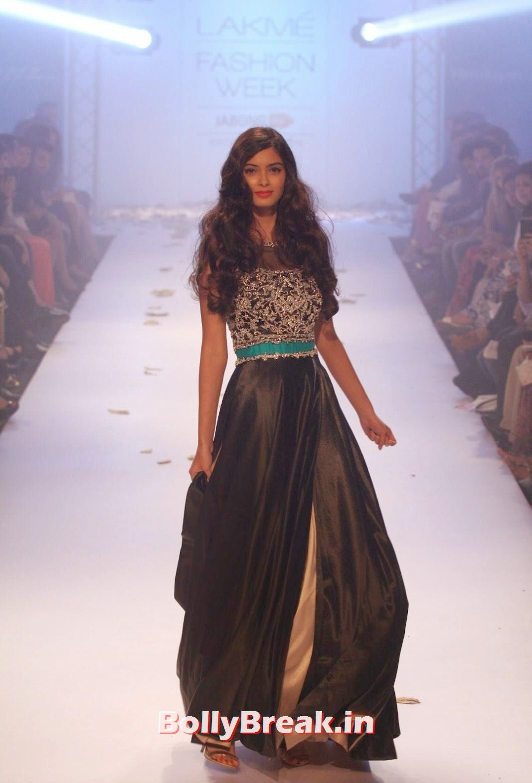,  Diana Penty Pics from Lakme Fashion Week 2014