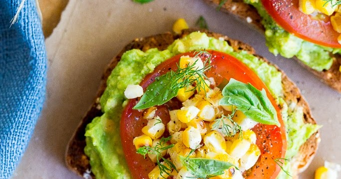 Recipe : Summer Avocado Toast with Grilled Corn | My Favorite Things