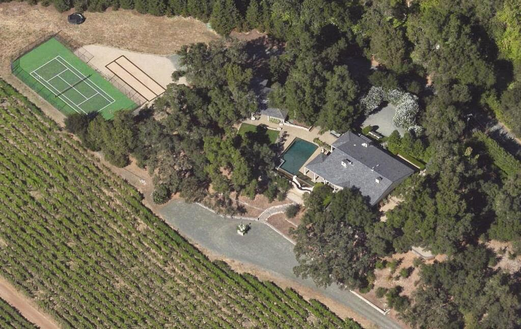 Nancy Pelosi high security Napa Valley Mansion