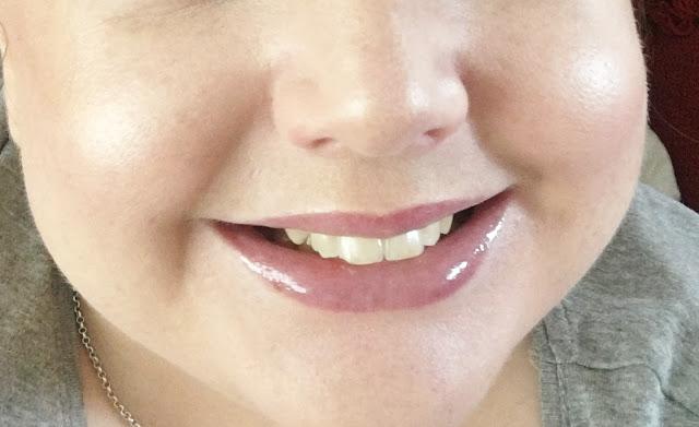 teeth whitening lip gloss