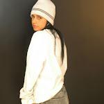 Andrea Rincon, Selena Spice Galeria 19: Buso Blanco y Jean Negro, Estilo Rapero Foto 17