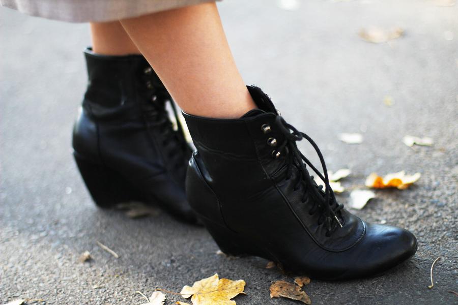 black wegdes shoes fashion