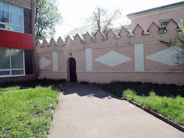Ограда женского старообрядческого монастыря на преображенке