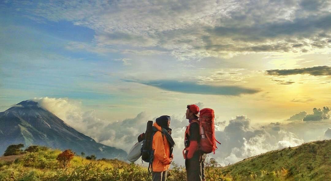 Guide Murah Pendakian Gunung Merbabu dan Merapi - VIApendaki