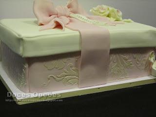 bolo caixa prenda
