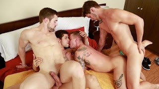 Caught Cock-Handed – Jimmy Clay, Lance Ford, Griffin Barrows & Allen Lucas